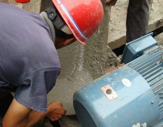 高强无收缩灌浆料现场施工